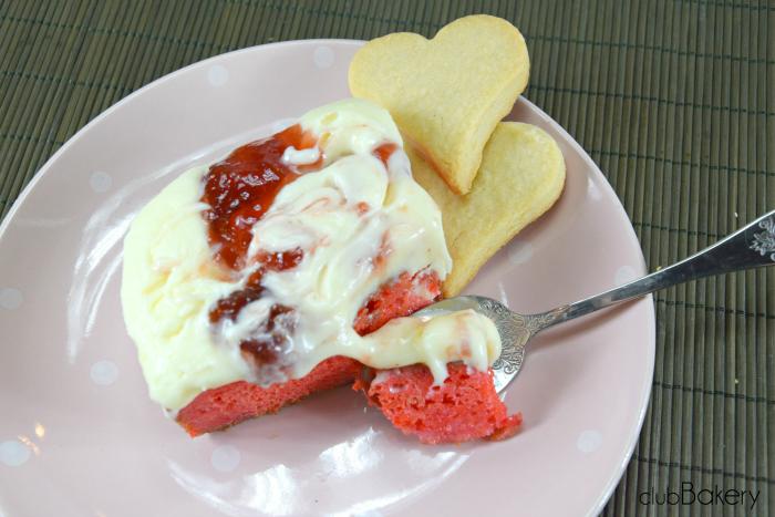 red velvet con crema de queso3