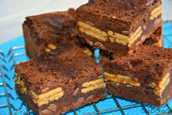 Brownie con galletas de limón